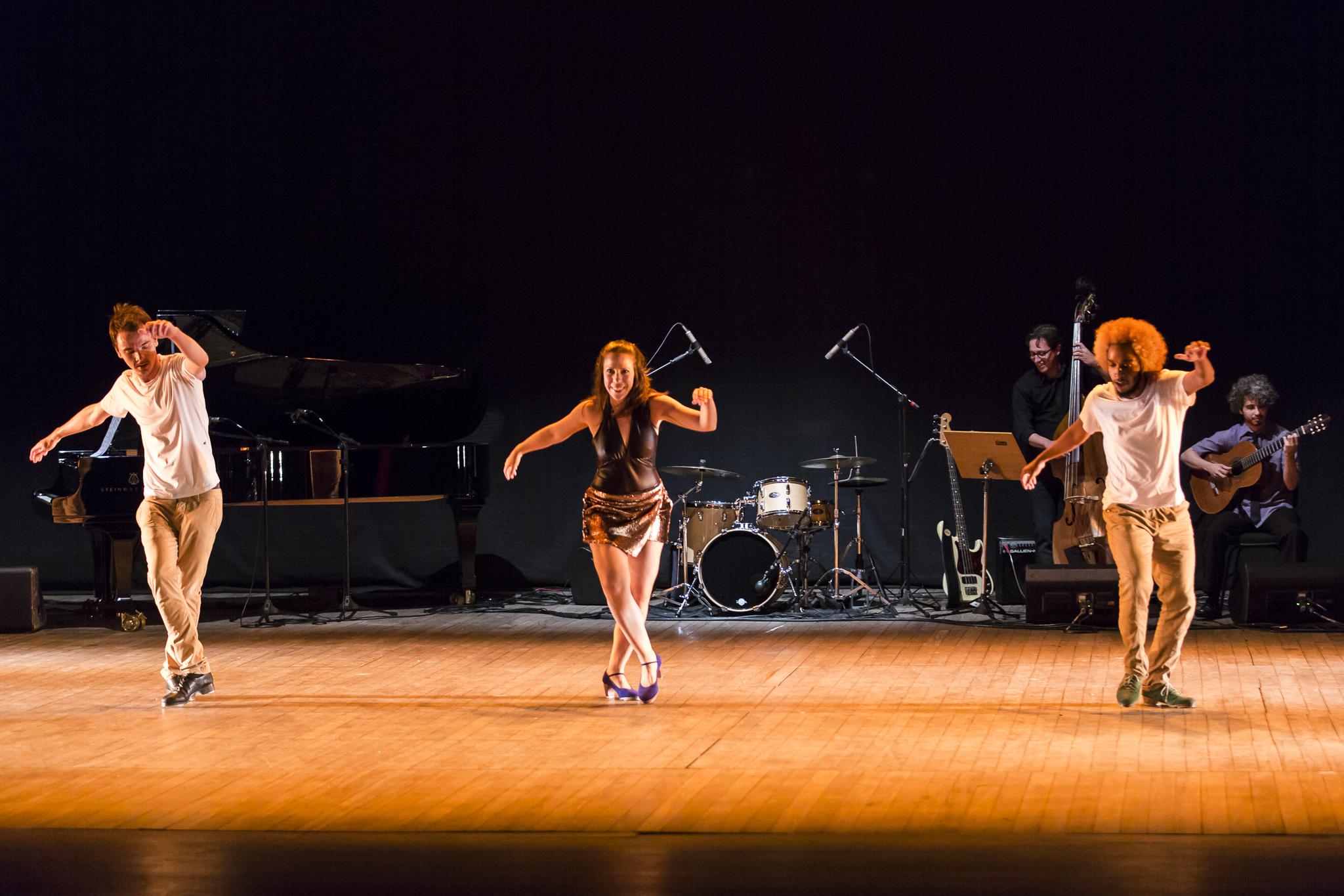 Dança e Percussão